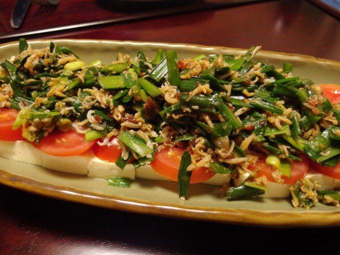 にら味噌しらすの豆腐サラダ
