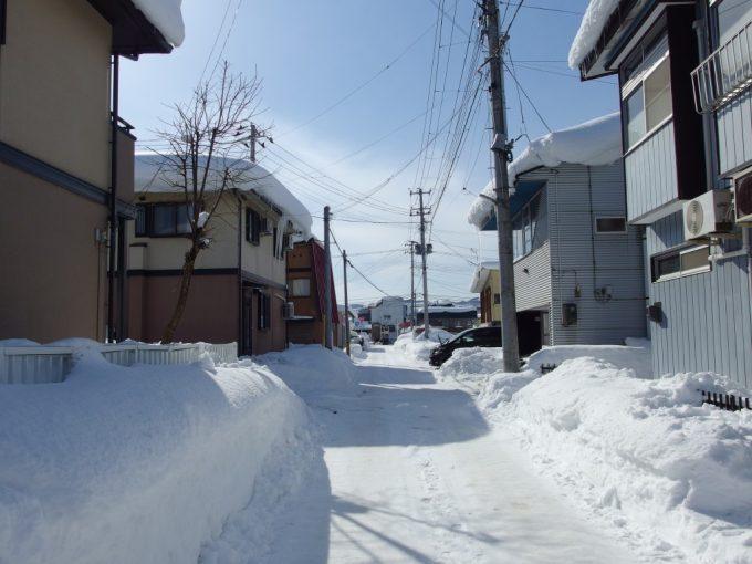 積雪の米沢の街