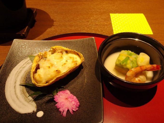 小野川温泉河鹿荘蟹甲羅道産じゃがチーズ焼き・鮭と白菜の博多蒸し