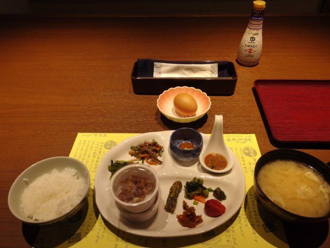 小野川温泉河鹿荘美味しい朝食バイキング