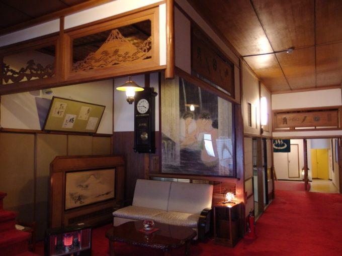 中屋別館不動閣の歴史ある味わい深い木造建築