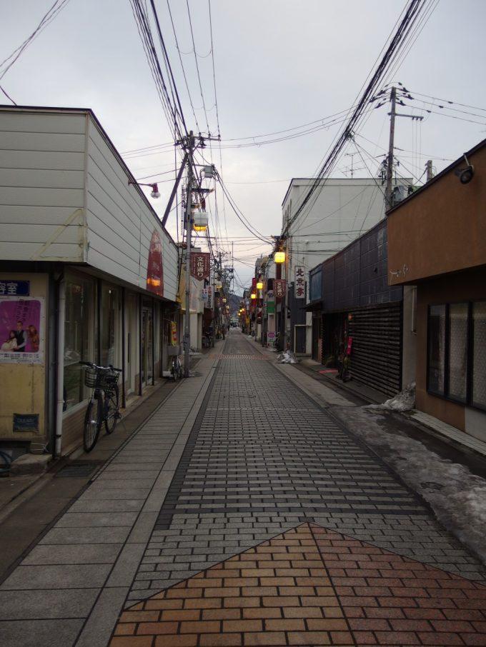 夕暮れ時の福島の街
