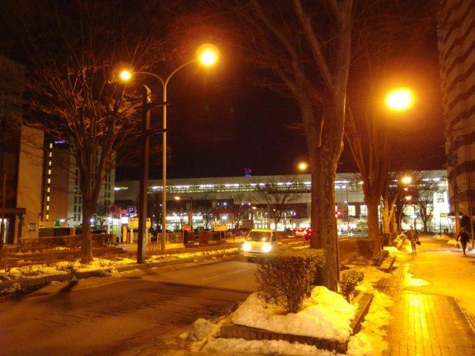 冬の夜の福島駅西口