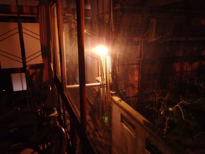 渋温泉湯本旅館から眺める路地の夜景
