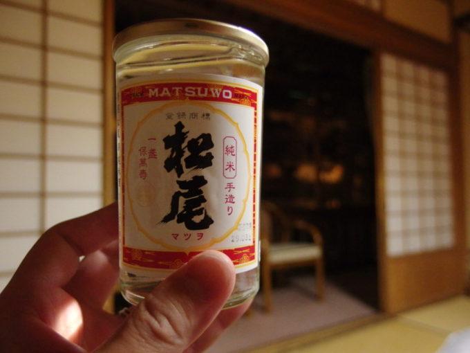 渋の夜のお供に高橋助作酒造店松尾純米酒ワンカップ
