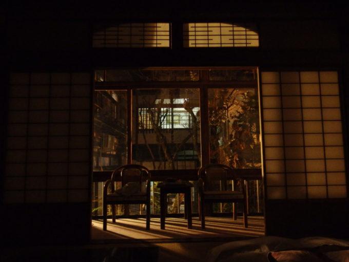 ほろ酔い気分で更けゆく渋温泉の夜