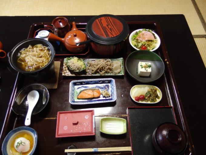 渋温泉湯本旅館朝食
