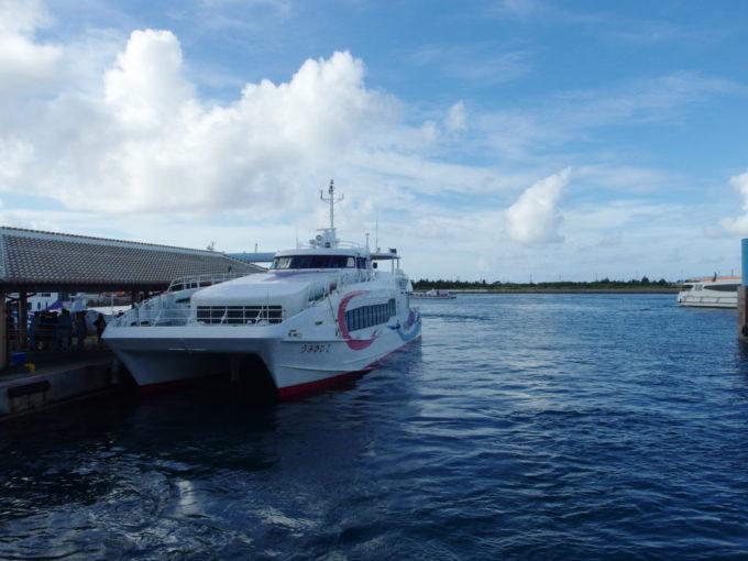 安栄観光うみかじ2で西表島大原港へ