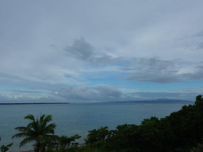 石垣島ビーチホテルサンシャインベランダでのんびり