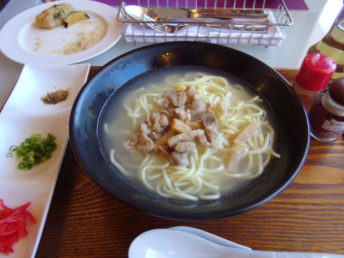 フサキリゾートヴィレッジCafe&RestaurantNatura八重山そば御膳