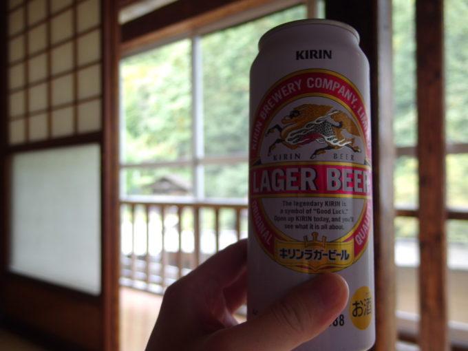 大沢の湯の湯上がりに楽しむ午前のビール