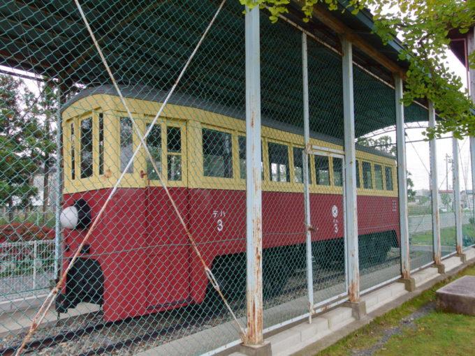 材木町公園に保存されている花巻電鉄の車両
