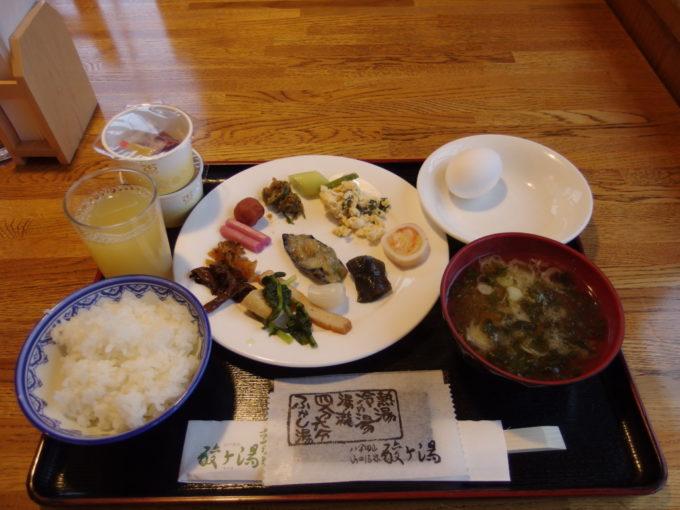 酸ヶ湯温泉旅館1日目朝食