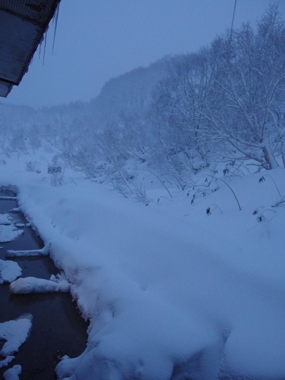 初冬の酸ヶ湯で迎える最後の朝