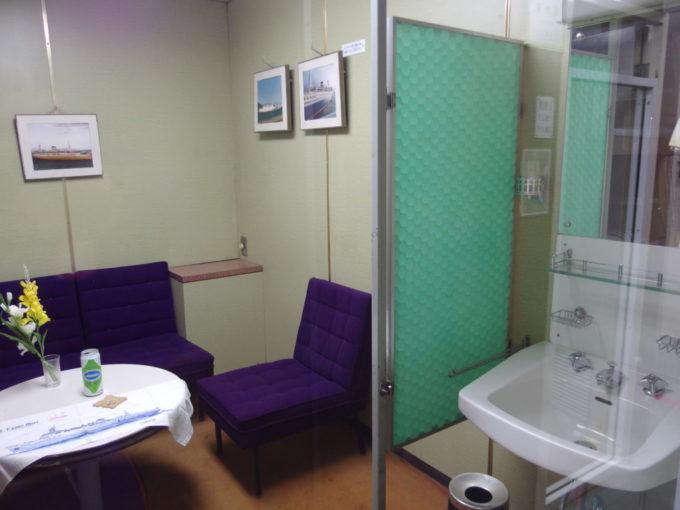 青函連絡船メモリアルシップ八甲田丸昭和レトロなインテリアの寝台室