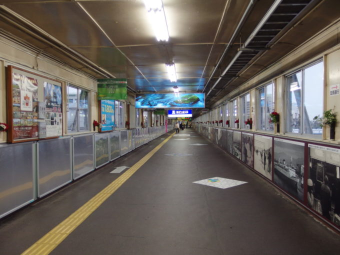 昭和のまま時が止まったかのような青森駅跨線橋
