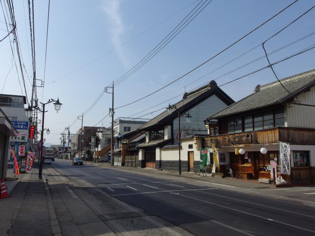 古き良き佇まいを残す富岡の街