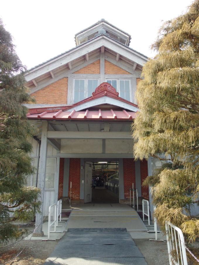 富岡製糸場操糸所入口