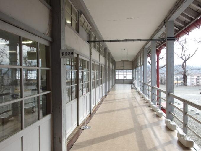 富岡製糸場首長館の外廊下