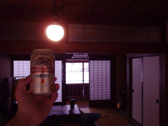 栃尾又温泉自在館露天風呂の後に午前のビールを