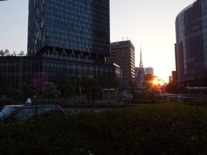 青木バスあおぞらライナーで早朝の名古屋駅に到着