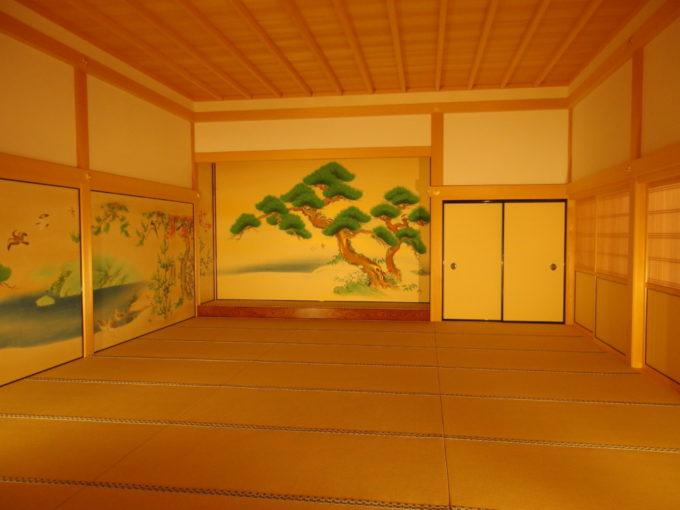復元された名古屋城本丸御殿金箔だけではないしっとりとした風情に包まれる部屋
