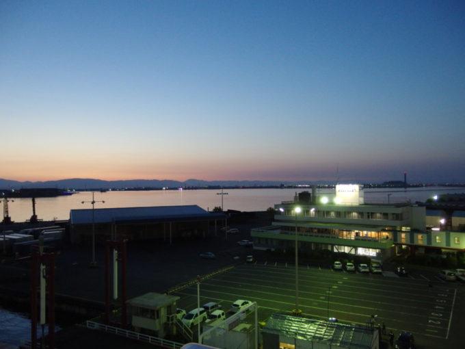 太平洋フェリーきそ名古屋港を離岸しいざ北海道へ