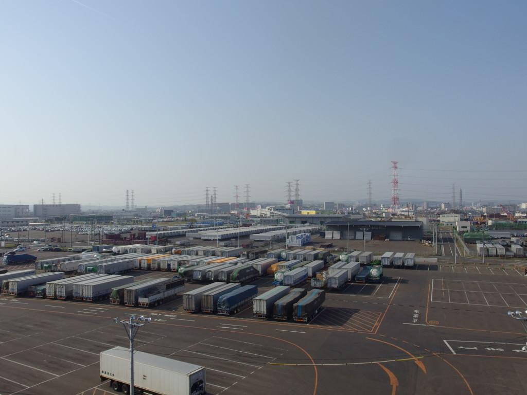 太平洋フェリーきそ名古屋港から21時間掛けて仙台港に接岸
