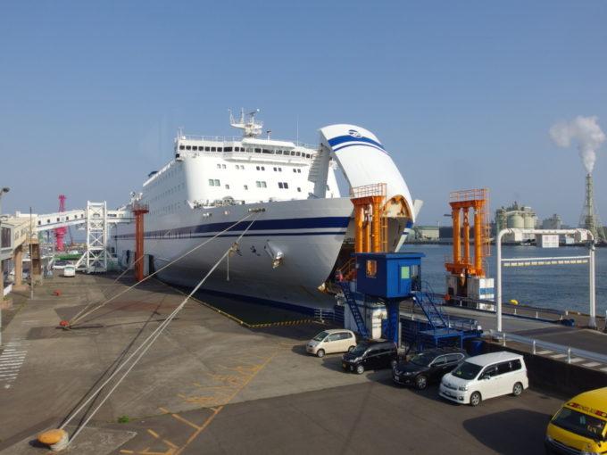 太平洋フェリーきそ仙台港に寄港