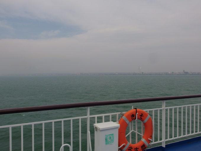 太平洋フェリーきそ40時間の航海を経てまもなく北の大地北海道へ