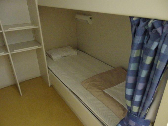 新日本海フェリーはまなすツーリストA(寝台)下段