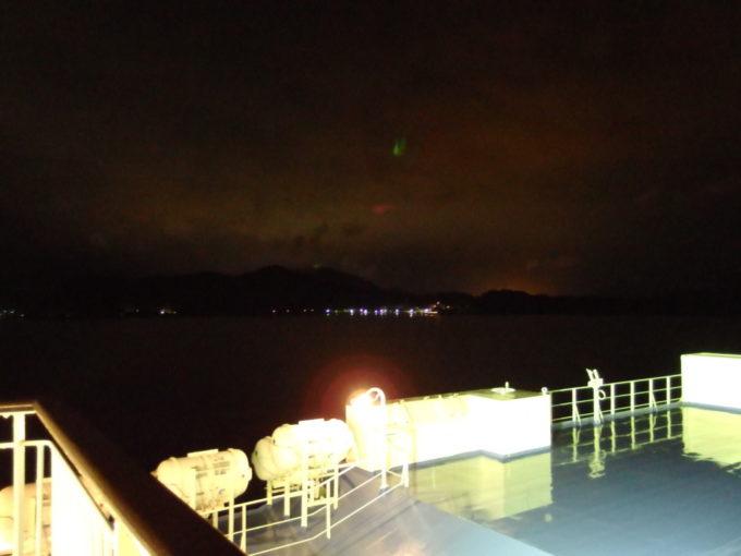 新日本海フェリーはまなす小樽から遥か1000kmを越えて目にする舞鶴の灯り