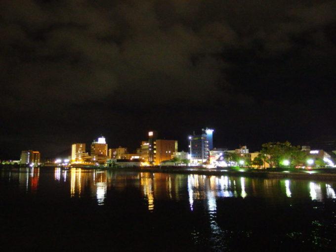 生まれて初めて訪れる舞鶴のきらびやかな夜景