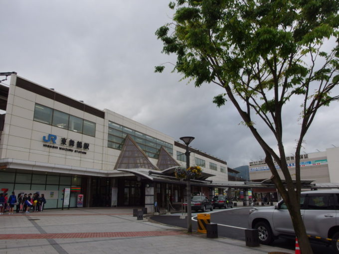 朝の東舞鶴駅