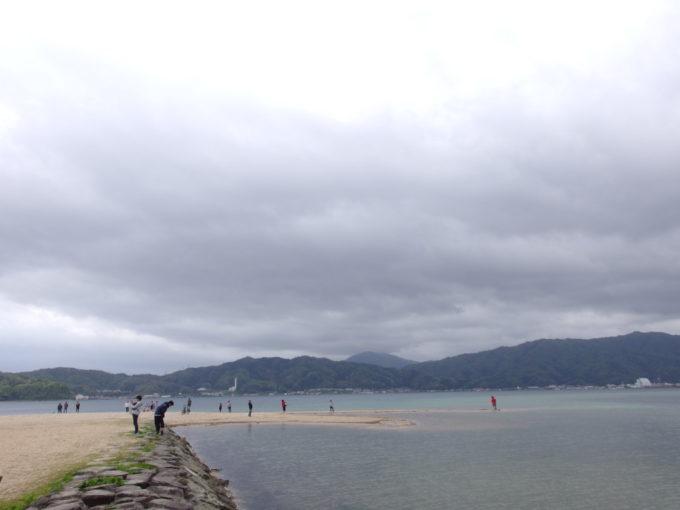 日本三景天橋立大天橋から眺める青い宮津湾