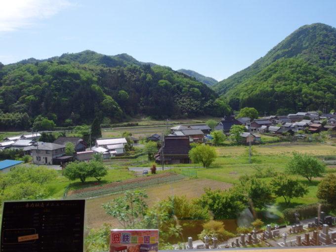 WILLERTRAINS京都丹後鉄道丹後あおまつ号車窓から眺める初夏の長閑な田園風景