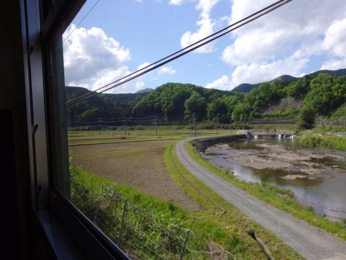 JR山陰本線113系感傷に浸りながら眺める京都北部の長閑な景色