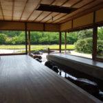 日本三名園後楽園流店に吹き渡る初夏の爽やかな風