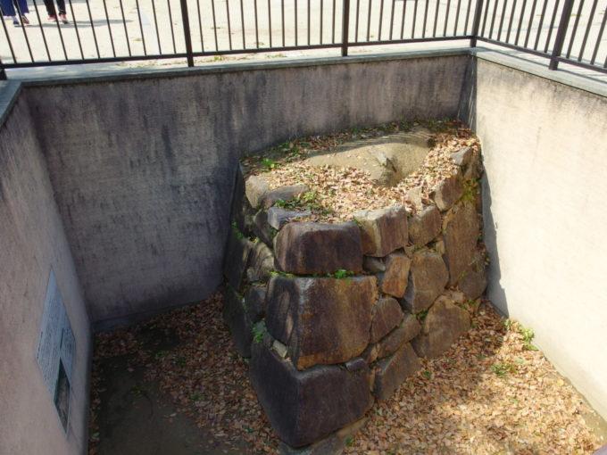 烏城公園岡山城築城当時の保存石垣