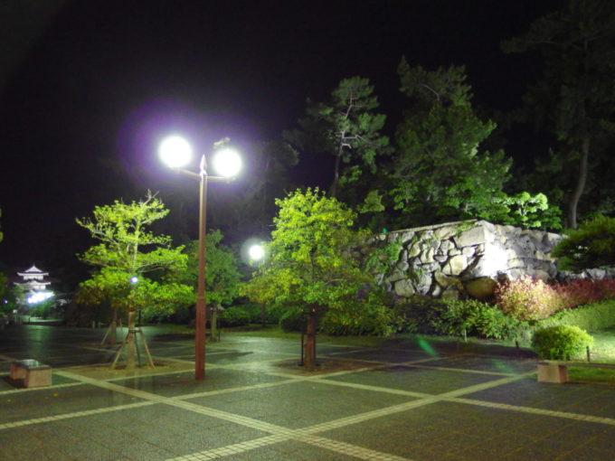 洋rの高松城跡玉藻公園の石垣