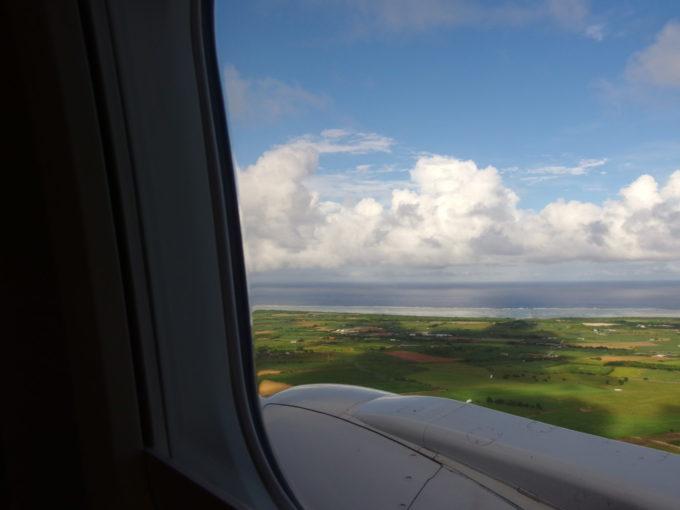 ANA石垣行きまもなく石垣空港に着陸
