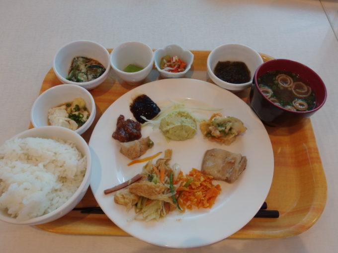 石垣島ホテルイーストチャイナシー1泊目朝食