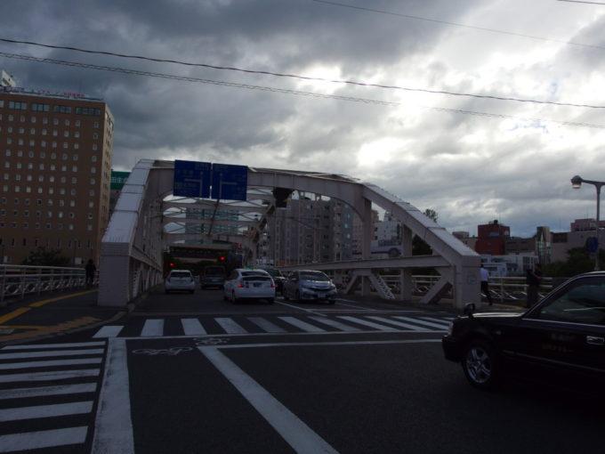 二度泣き橋の異名を持つ盛岡開運橋