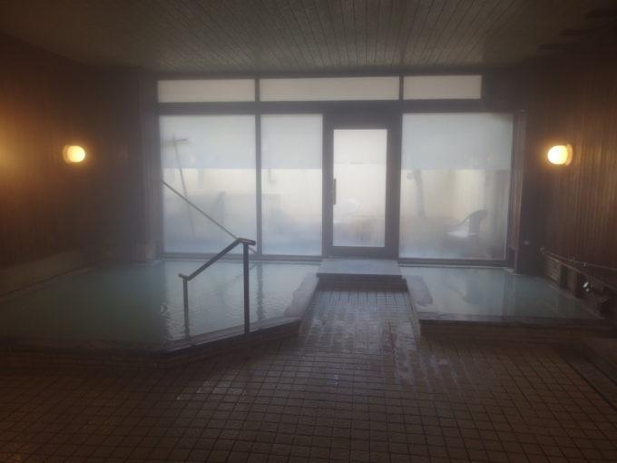 日光湯元温泉湯守釜屋大浴場瑠璃の湯