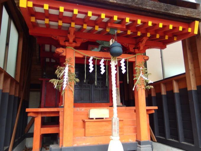 日光湯元温泉温泉神社拝殿