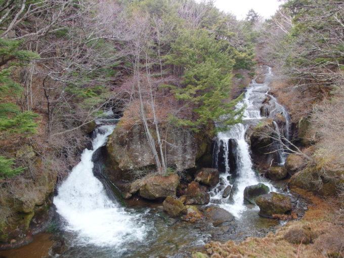 初冬の日光竜頭の滝