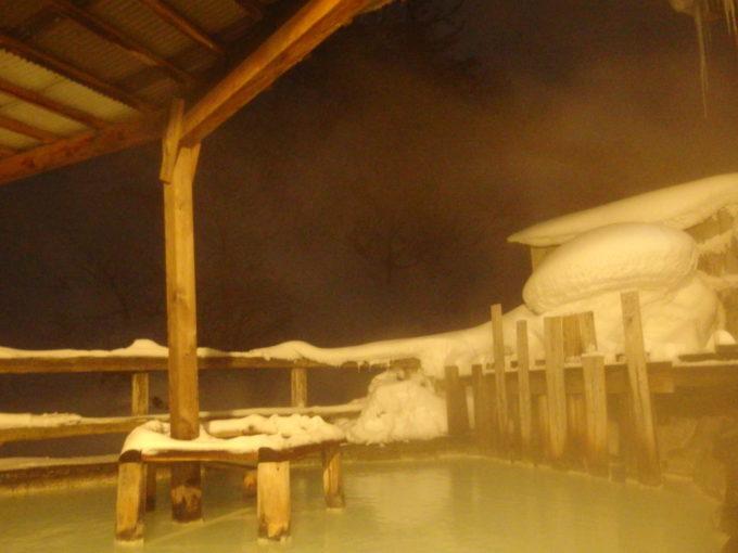 冬の松川温泉松楓荘静かな夜に味わう混浴露天