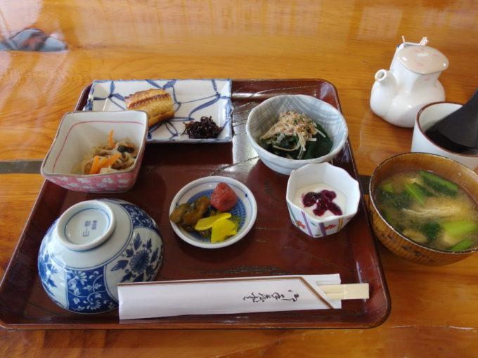 冬の松川温泉松楓荘2泊目朝食