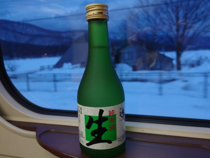 秋田新幹線E6系こまち号車窓のお供に秀よし純米生酒