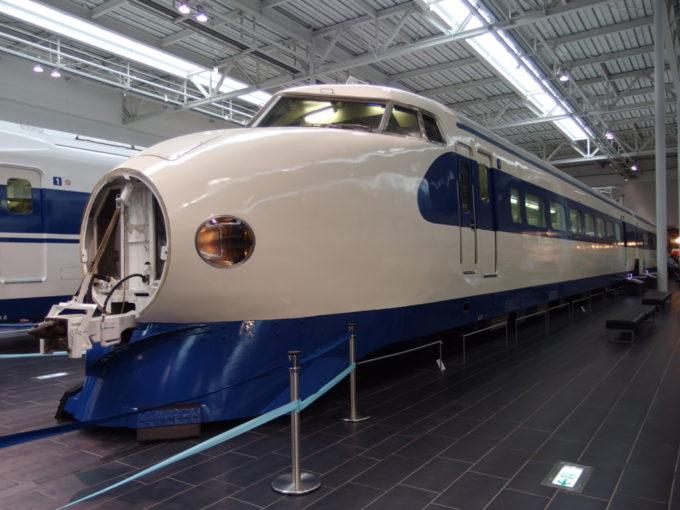 リニア・鉄道館新幹線初代である0系